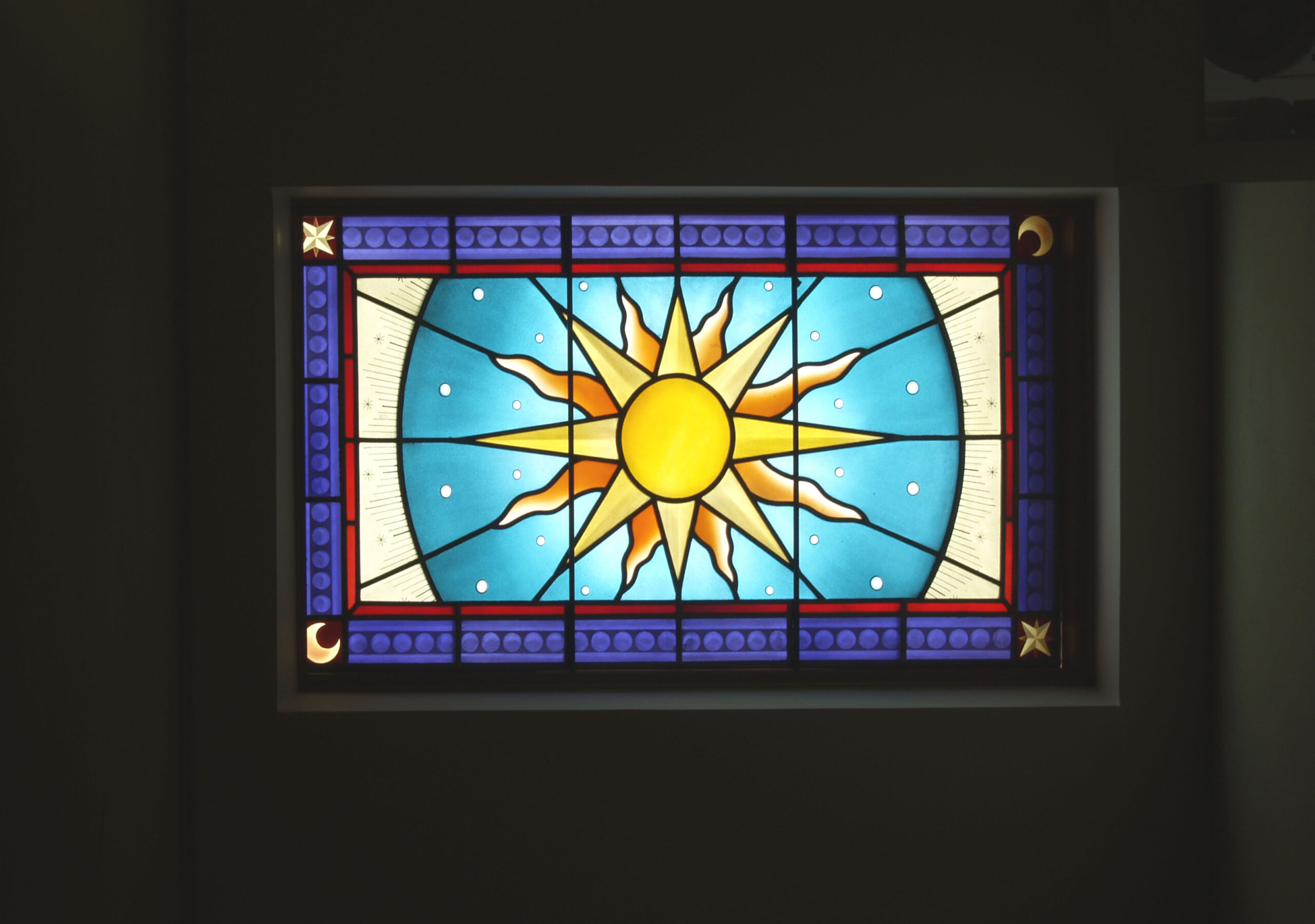 吹抜け天井・・・大宇宙からの陽を貰って